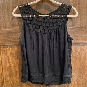 Lace Buttoned Tank Top
